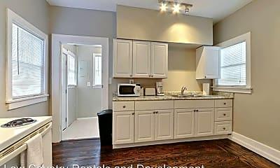 Kitchen, 1321 E 39th St, 2