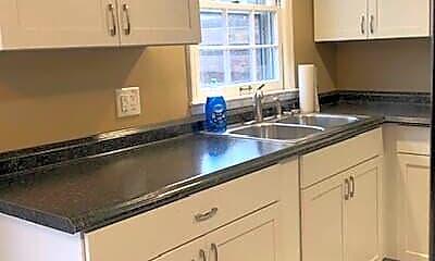 Kitchen, 3452 Sutherland Dr, 1