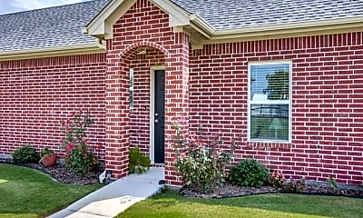 Building, 10809 W Cleburne Rd 103, 1