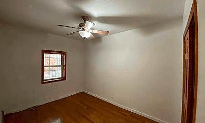 Bedroom, 2040 Hobart Ave, 2