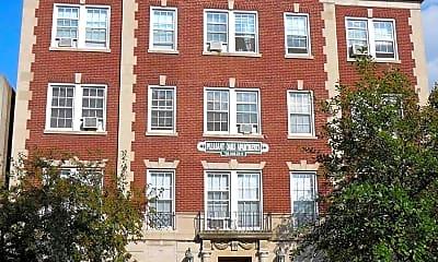 Building, 212 S Oak Park Ave, 0
