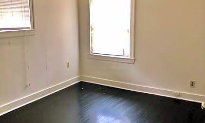 Bedroom, 118 E Burnett Ave, 1