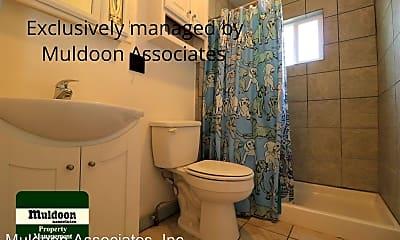 Bathroom, 1534 Pine St, 2