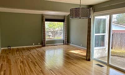 Living Room, 1087 Alpine Ct, 1