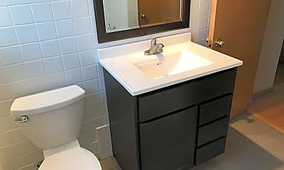 Bathroom, 3024 S Harlem Ave 3, 2