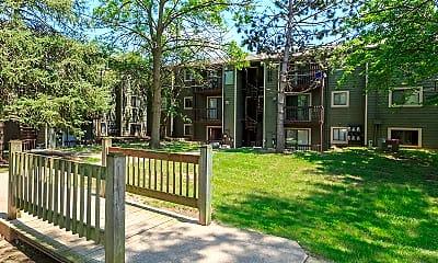 Pheasant Ridge Apartments, 1