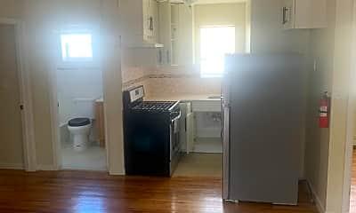 Living Room, 769 E 226th St 2, 1