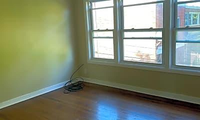 Living Room, 3707 S Wabash Ave 2, 1