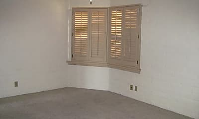 Bedroom, 6218 N Campbell Ave, 2