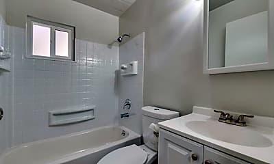 Bathroom, 503 Mill St, 2