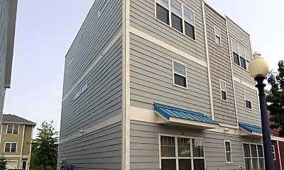 Building, 301 E Eighth St, 1