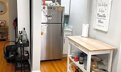 Kitchen, 1465 W Byron St, 1