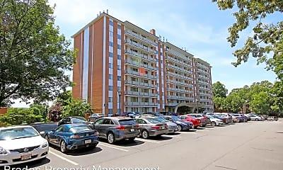Building, 1800 Jefferson Park Ave, 2