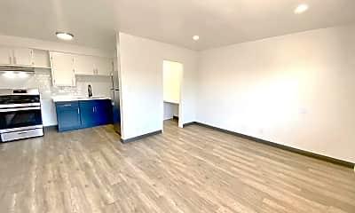 Living Room, 2301 S Ridgeley Dr, 1