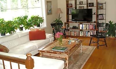 Living Room, 113 Kingsley Rd SW, 1