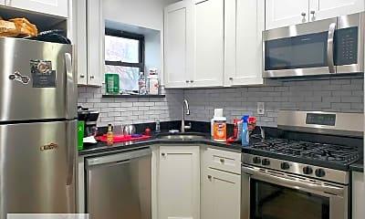 Kitchen, 43 Underhill Ave, 1