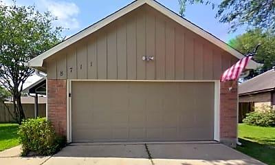 Building, 8711 Croteau Dr, 1