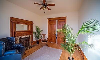 Living Room, 952 North Hoyne, 1