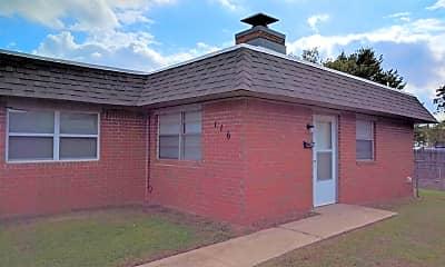 Building, 112 NE 12th St, 0