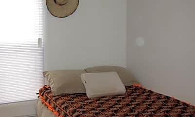 Bedroom, 729 W 1st street, 2