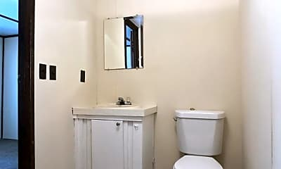 Bathroom, 3301 Ogeechee Rd, 2