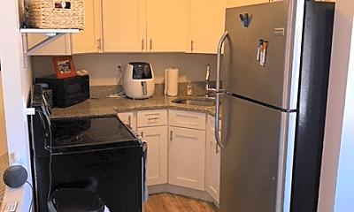 Kitchen, 15010 Madison Ave, 0