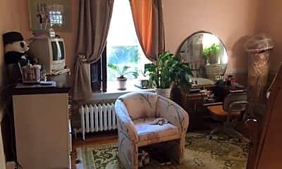 Bedroom, 201 W Tulpehocken St, 1