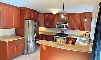 Kitchen, 9 Wilton Rd 1, 1