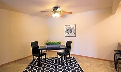Dining Room, Willow Estates, 2