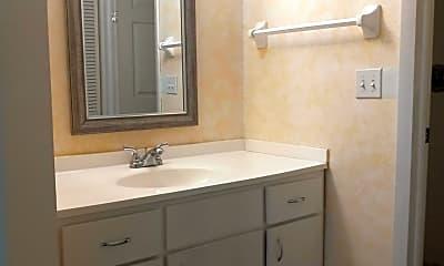 Bathroom, 845 Stonybrook Circle, 2