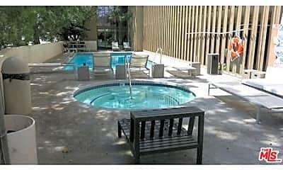 Pool, 3949 Los Feliz Blvd 305, 1