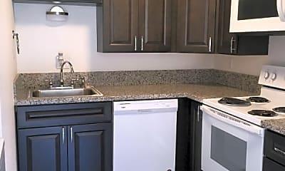 Kitchen, 828 Phoenix St NE, 1