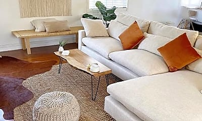 Living Room, 2834 E 5th St, 1