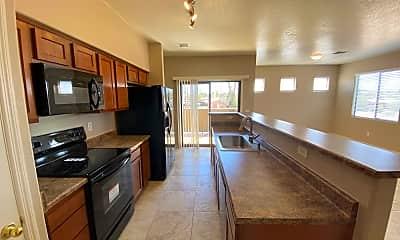 Kitchen, 1260 E Weimer Cir 40, 0