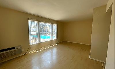 Living Room, 6222 Hazeltine Ave, 0