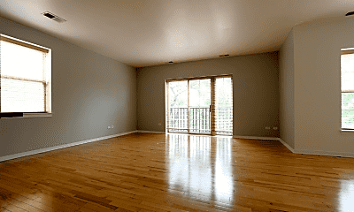 Living Room, 1029 S Lytle St, 1