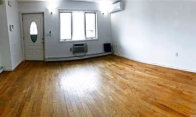 Living Room, 70 Vermont St 1ST, 1
