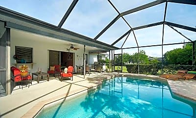 Pool, 1538 SW 49th St, 1