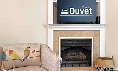 Living Room, 1361 Pinnacle Ln, 2