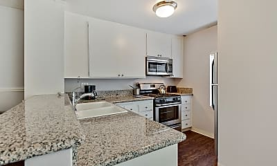 Westwood Village Furnished Apartments, 2