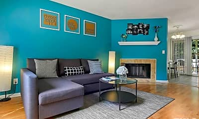 Living Room, 125 Chaucer Ct, 1