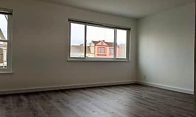 Bedroom, 4010 Mission St, 1