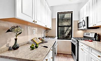 Kitchen, 21-68 35th St 4-H, 1
