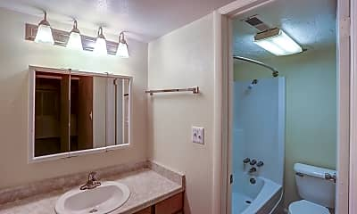 Bathroom, Lookout Pointe, 2