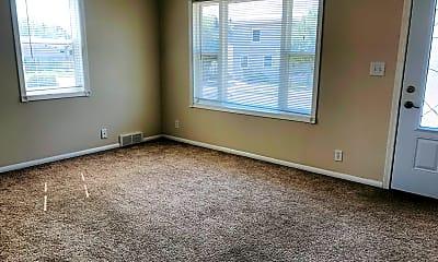 Living Room, 1015 5th St SW, 1