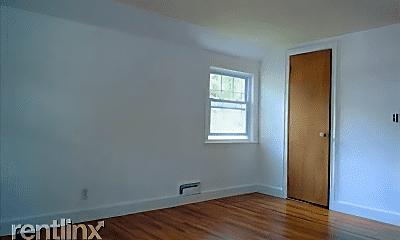 Bedroom, 73 Sunset Rd, 2