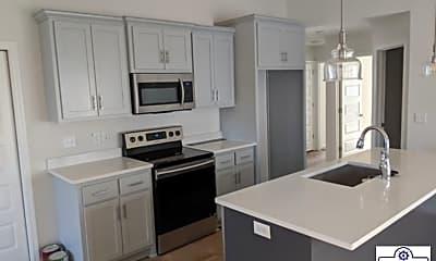 Kitchen, 411 Raven Ln, 1