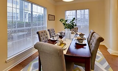 Dining Room, The Pointe at Chapel Hill, 1
