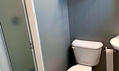 Bathroom, 1054 Woodland Trails Dr, 2