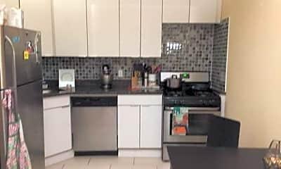 Kitchen, 258 W 135th St, 0